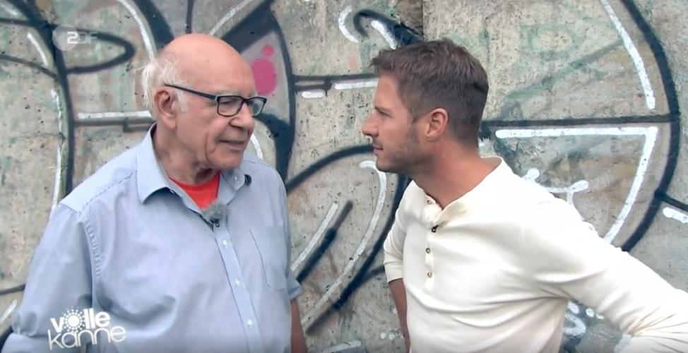 ZDF | Reportage | Der Fluchthelfer
